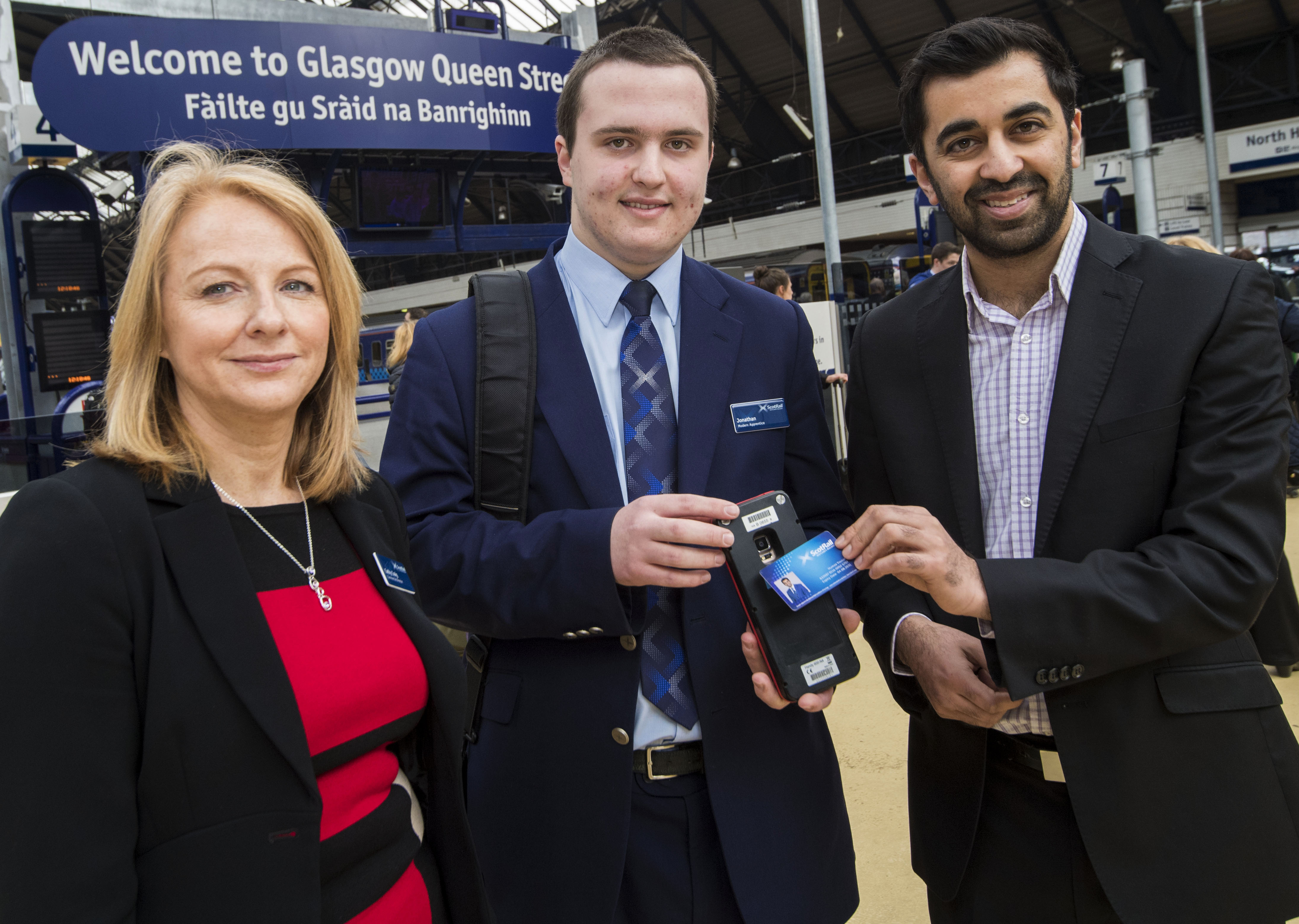 13/03/17 - 17031204 - SCOTRAIL  QUEEN STREET STATION - GLASGOW  'Thank Yous' fares photocall  (left to right)  Cathy Craig (Commercial Director), Jonathan MacLean (Modern Apprentice) and The Minister for Transport and the Islands, Humza Yousaf