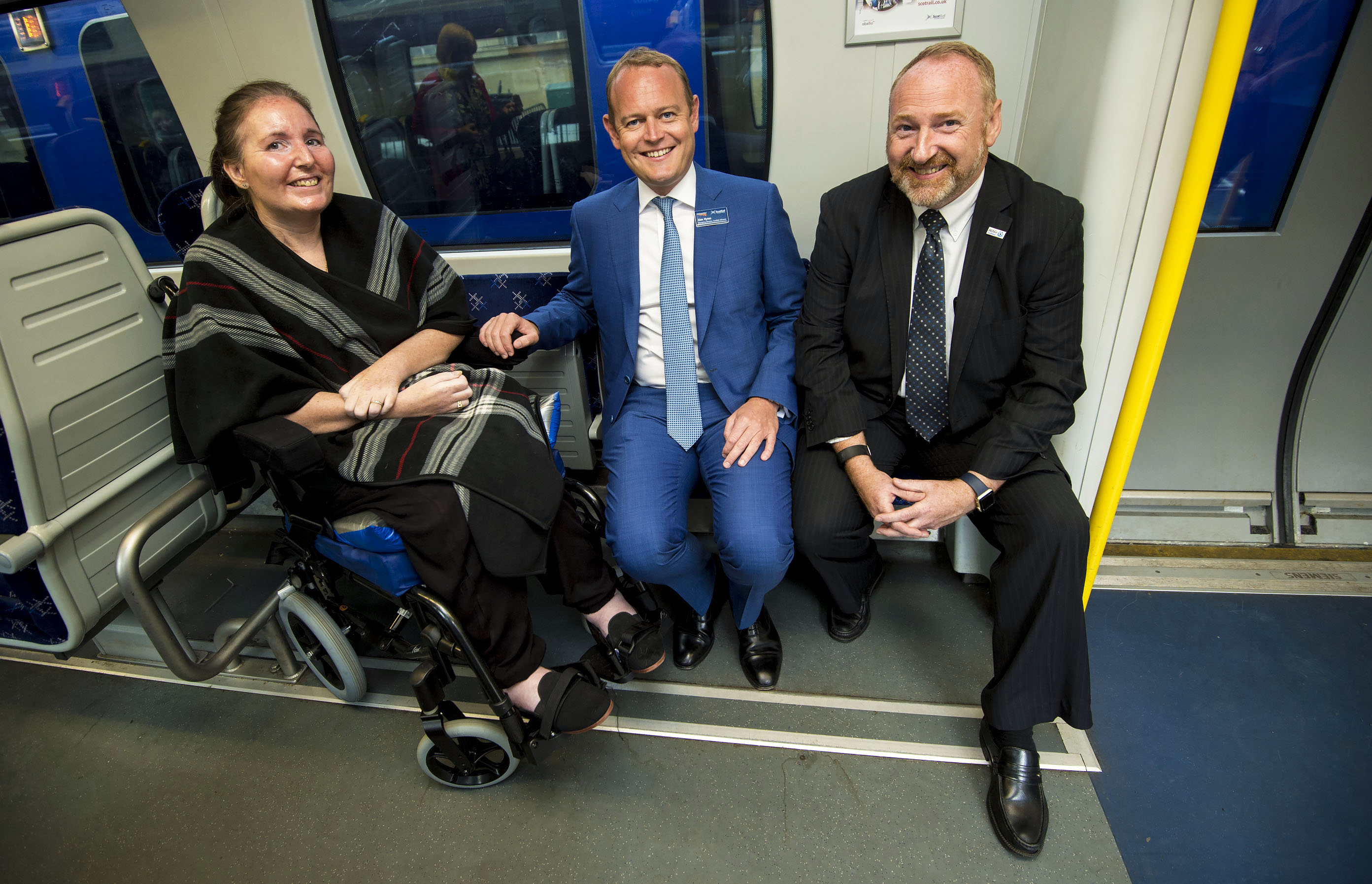 20/07/17 - 17062003 - SCOTRAIL CENTRAL STATION - GLASGOW (L-R) MND patient Alison McDonald, Alex Hynes Managing Director of ScotRail Alliance and Craig Stockton CEO of MND Scotland.