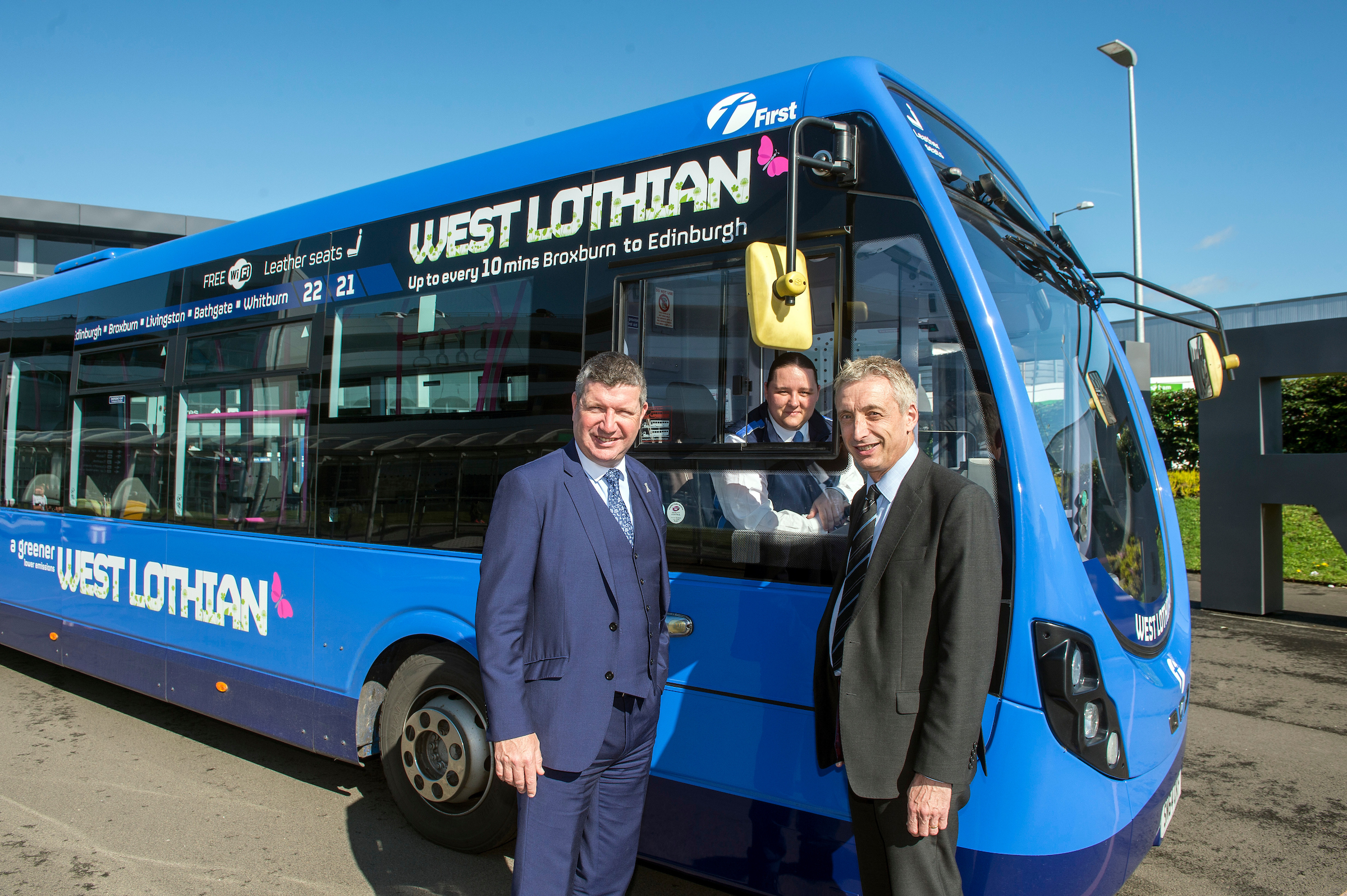 "FREE FIRST USE First West Lothian launch their Service 21A, ""Connecting West Lothian to the World"" with Edinburgh Airport CEO Gordon Dewar and First Scotland East MD Paul McGowan. Lenny Warren / Warren Media 07860 830050 01355 229700 lenny@warrenmedia.co.uk www.warrenmedia.co.uk All images © Warren Media 2017. Free first use only for editorial in connection with the commissioning client's press-released story. All other rights are reserved. Use in any other context is expressly prohibited without prior permission."