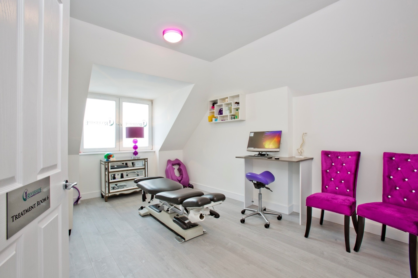 Treatment room 1 (compress)