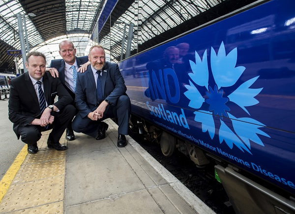12/06/18 - 18061204 - SCOTRAIL  QUEEN STREET STATION - GLASGOW  L/R Angus Thom (Scotrail Alliance Chief Operating Officer) Iain McWhirter (MND Head of Fundraising and Volunteering) and Craig W F Stockton (MND Chief Executive)