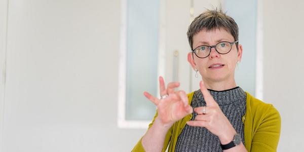 Dr Rachel Mapson Lecturer BSLEnglish Interpreting QMU